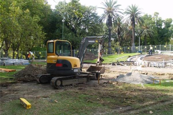 Landscape Construction (BHT111)