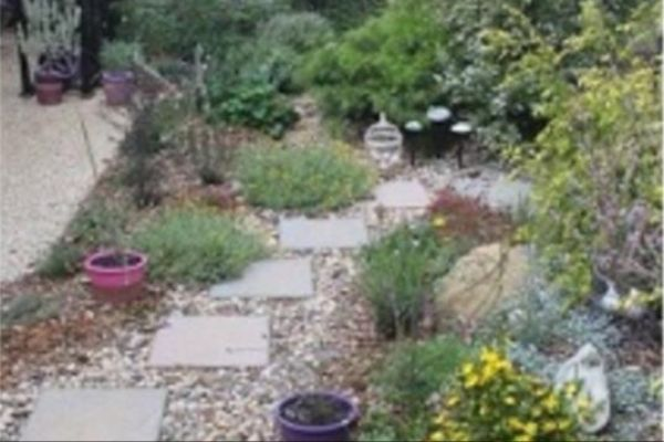 RHS Level 2 Certificate in Garden Planning, Establishment and Maintenance